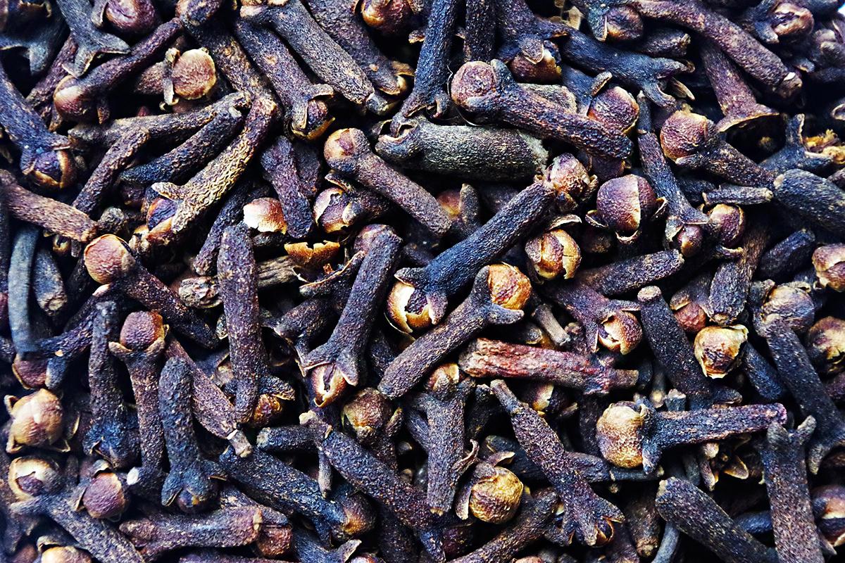 komplex tisztítás a parazitáktól a helminták és a pinwormok jelenléte a testben